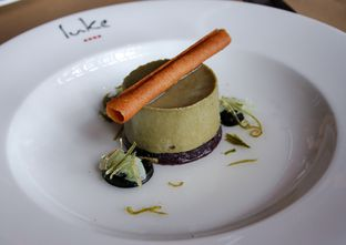 Foto 17 - Makanan(Liquorice parfait and lime) di Salt Grill oleh Wisnu Narendratama