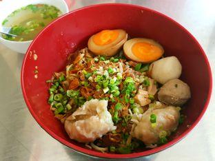 Foto 2 - Makanan di Bakmi Lamlo oleh ig: @andriselly