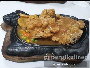 Foto 1 - Makanan di Waroeng Steak & Shake oleh Ivan Setiawan