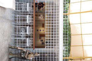 Foto 9 - Interior di Artwork Coffee Space oleh yudistira ishak abrar