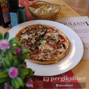 Foto 1 - Makanan di Giuliani Ristorante e Pizza oleh Darsehsri Handayani