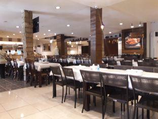 Foto 4 - Interior di Layar Seafood oleh Nisanis