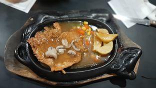 Foto 5 - Makanan di Waroeng Steak & Shake oleh catgoesmiawyaw