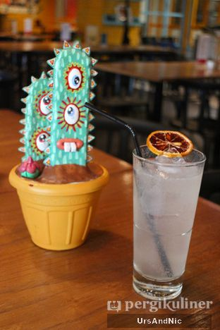 Foto 1 - Makanan(Sparkling coconut) di Gonzo's Tex Mex Grill oleh UrsAndNic