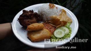 Foto 5 - Makanan di Warung Kemuning oleh @foodiary.me | Khey & Farhan