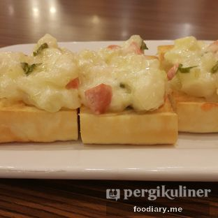 Foto review Pizza Hut oleh @foodiaryme | Khey & Farhan 1
