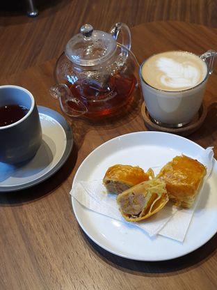 Foto 3 - Makanan di Moonbucks Coffee oleh imanuel arnold
