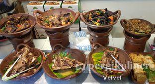 Foto 6 - Makanan di Kepala Manyung Bu Fat oleh Velvel