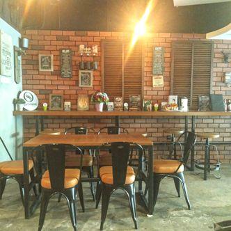 Foto Interior di Sixtynine Coffee