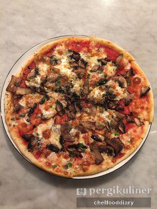 Foto 3 - Makanan(Fungi De Bosco) di Pizza Marzano oleh Rachel Intan Tobing