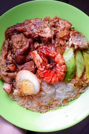 Foto 1 - Makanan di Nasi Kari Akiat oleh Indra Mulia