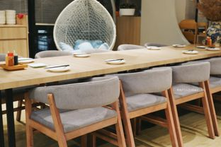 Foto 12 - Interior di Sekai Ramen & Sushi oleh Indra Mulia