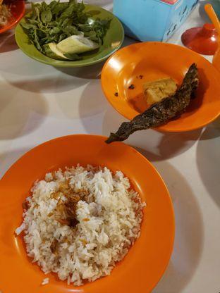 Foto 1 - Makanan di Nasi Uduk Pak Jhon oleh Mouthgasm.jkt
