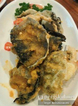 Foto 1 - Makanan(Kulit Ikan Telur Asin) di Lamian Palace oleh Inge Inge