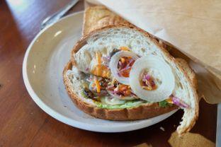 Foto 2 - Makanan(Club Veg) di Stillwater Coffee & Co oleh Pengembara Rasa