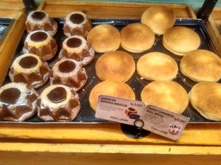 Foto 6 - Makanan di Tous Les Jours Cafe oleh Renodaneswara @caesarinodswr