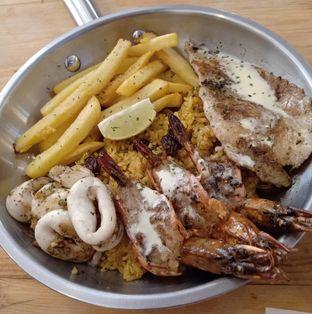 Foto 1 - Makanan di Fish Streat oleh vio kal