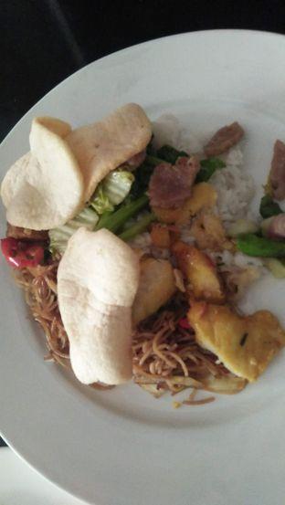 Foto review Krakatau Restaurant - Hotel Santika oleh Review Dika & Opik (@go2dika) 3