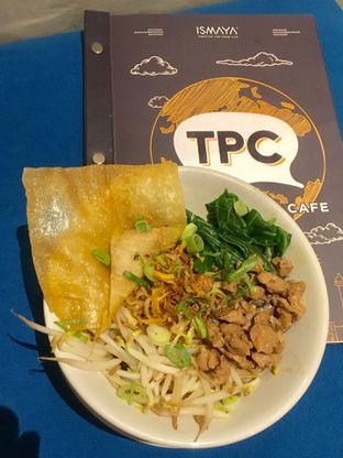 Foto 10 - Makanan di The People's Cafe oleh Prido ZH