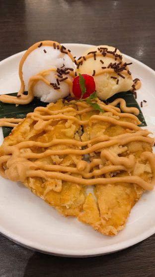 Foto 9 - Makanan(COCO BANANA FRITTER (55k)) di Seribu Rasa oleh Riris Hilda