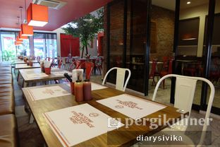 Foto 2 - Interior di Holycow! STEAKHOUSE by Chef Afit oleh diarysivika