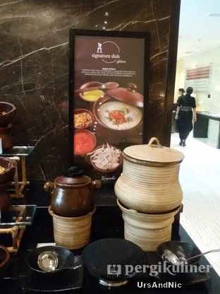 Foto 49 - Makanan di Signatures Restaurant - Hotel Indonesia Kempinski oleh UrsAndNic