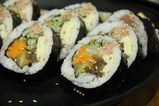 Foto 2 - Makanan(Original Kimbap) di Ahjumma Kitchen oleh Melisa Stevani
