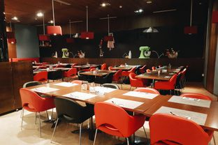 Foto 8 - Interior di Oopen Restaurant - Ibis Bandung Trans Studio Hotel oleh Eat and Leisure