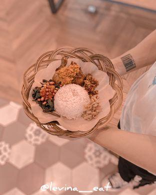 Foto review Ayam Bebek Angsa Masak Di Kuali oleh Levina JV (IG : levina_eat ) 4