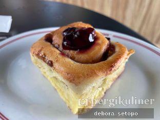 Foto review Saint Cinnamon & Coffee oleh Debora Setopo 7