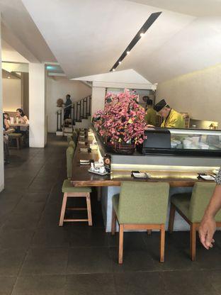Foto 6 - Interior di Sushi Apa oleh Nanakoot