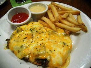 Foto 2 - Makanan di Outback Steakhouse oleh Alen Alen