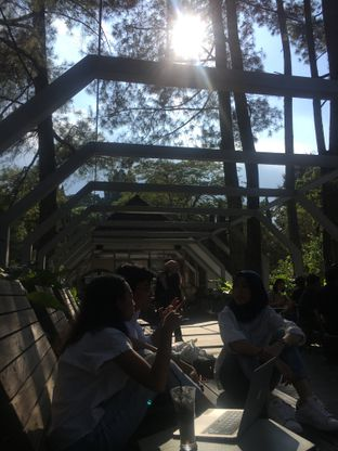 Foto 4 - Interior di Foresta Coffee - Nara Park oleh Fadhlur Rohman