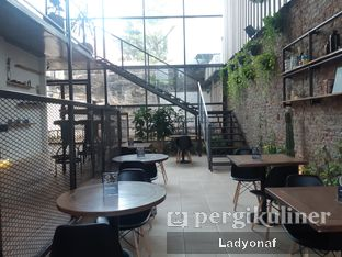 Foto 7 - Interior di Ruma Eatery oleh Ladyonaf @placetogoandeat