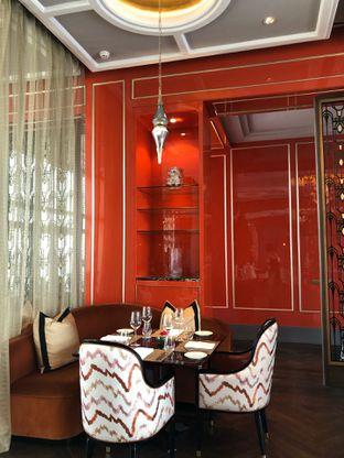 Foto 8 - Interior di Alto Restaurant & Bar - Four Seasons oleh feedthecat