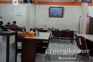 Foto 7 - Interior di Warung Sate Pak Haji Kadir 6 oleh Darsehsri Handayani
