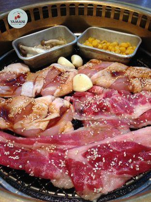 Foto 4 - Makanan di Shaburi & Kintan Buffet oleh awakmutukangmakan