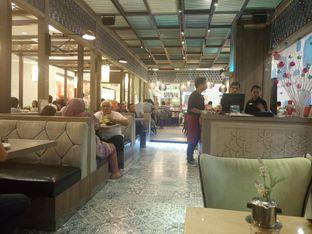 Foto 3 - Interior di Hong Kong Cafe oleh yudistira ishak abrar