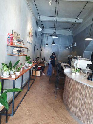 Foto 5 - Interior di Emmetropia Coffee oleh Geraldi Edward