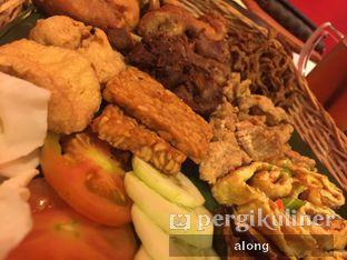 Foto 7 - Makanan(Kroyokan Ayam) di Penyetan Cok oleh #alongnyampah