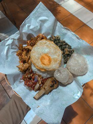 Foto review Halo Bali! oleh Fitriah Laela 3