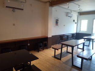 Foto 4 - Interior di Kedai Kopi Kulo oleh Clangelita