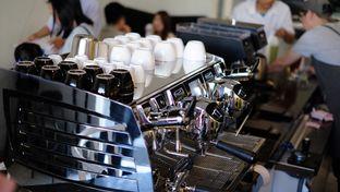 Foto 1 - Interior di Fukudon Coffee N Eatery oleh Handoko Santoso