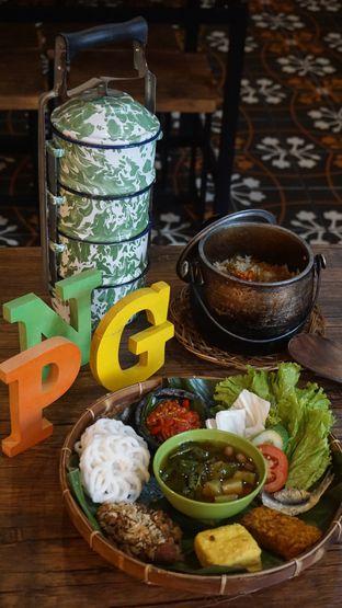 Foto 5 - Makanan di Pojok Nasi Goang oleh Theodora