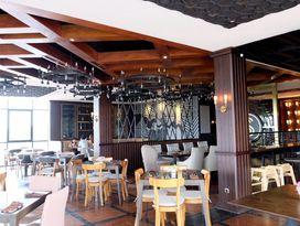 foto The Socialite Bistro & Lounge