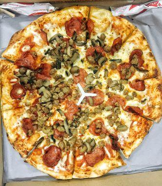 Pelayanannya Memuaskan Review Astrid Huang Biteandbrew Di Restoran Pizza Hut Delivery Phd Kemanggisan