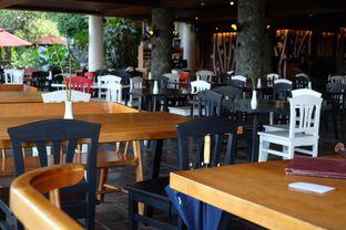 Foto 10 - Interior di The Bamboo Restaurant - Novus Giri oleh @anakicipicip