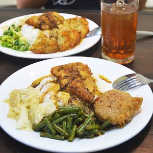 Foto - Makanan di Chopper Fish & Chicken Curry oleh Desanggi  Ritzky Aditya