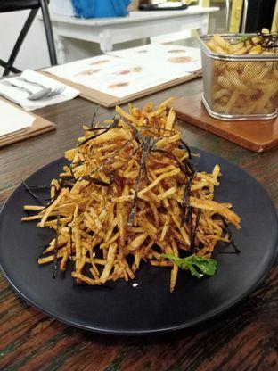 Foto 7 - Makanan(Furikake Fries) di Onni House oleh Florentine Lin