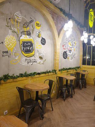 Foto 1 - Interior di Fat Straw oleh ruth audrey